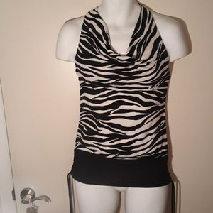 Black and white zebra top
